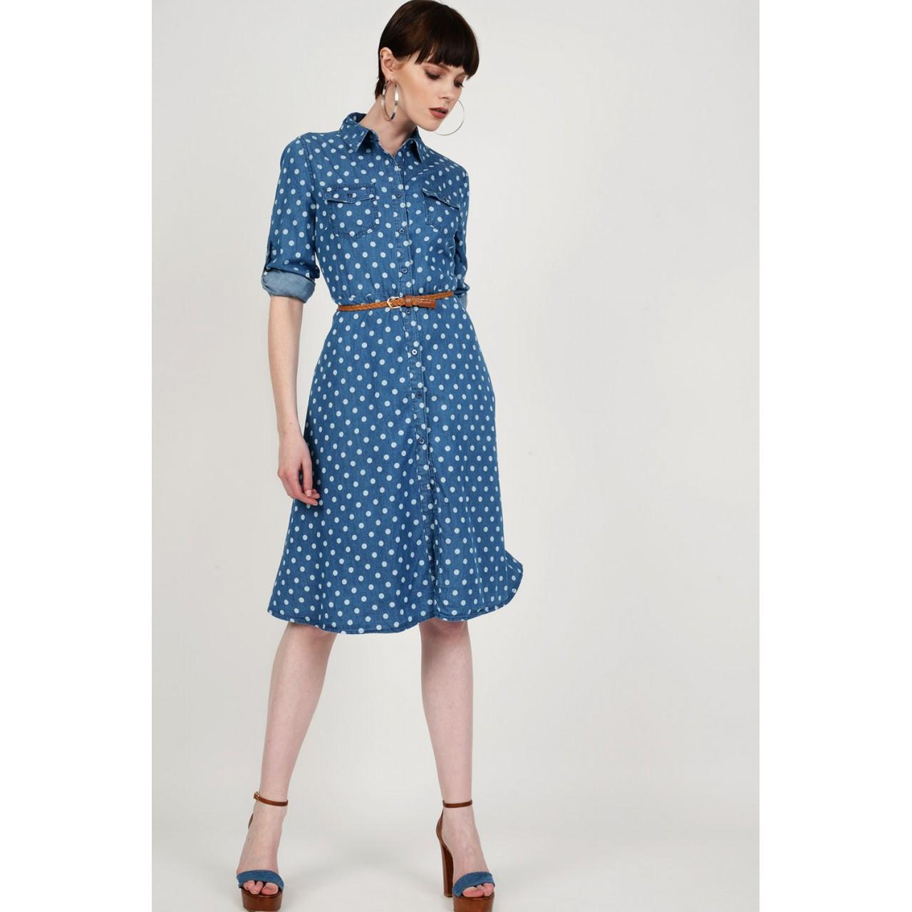 3ca57ea33147 Φόρεμα jean midi πουά με ζώνη