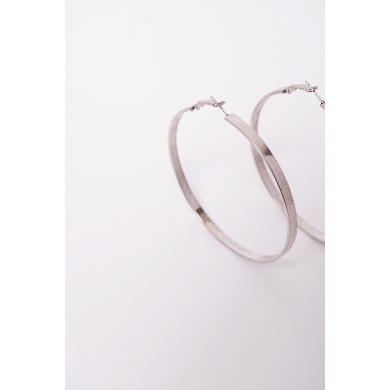 Large linked earings
