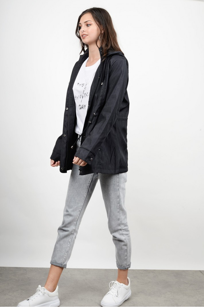 Thin hooded coat