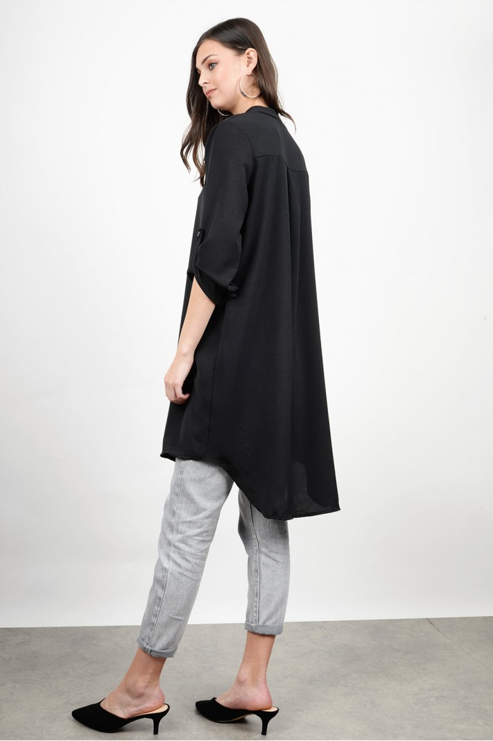 Oversized asymmetrical shirt