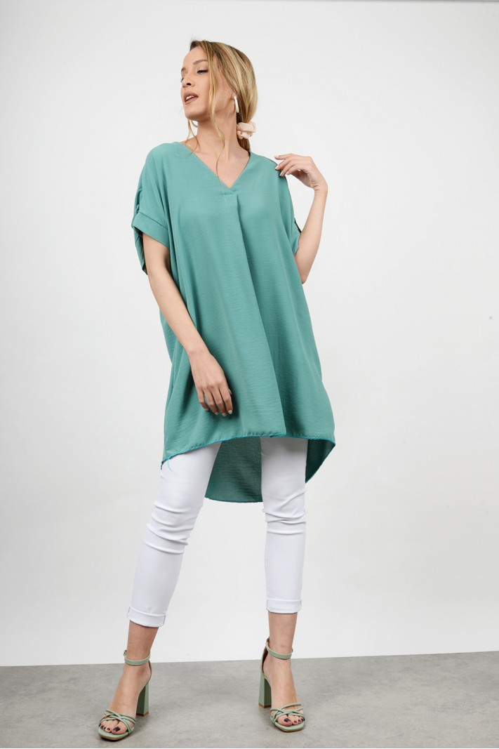 Oversized long asymmetrical shirt