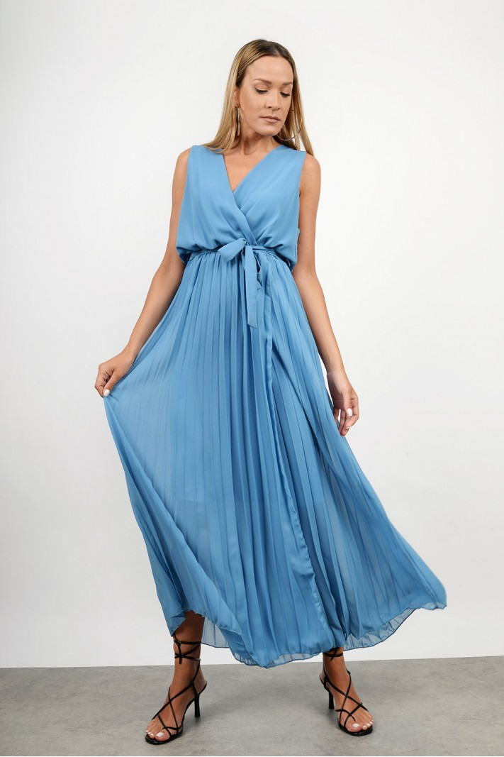 Maxi pleatted sleevless dress