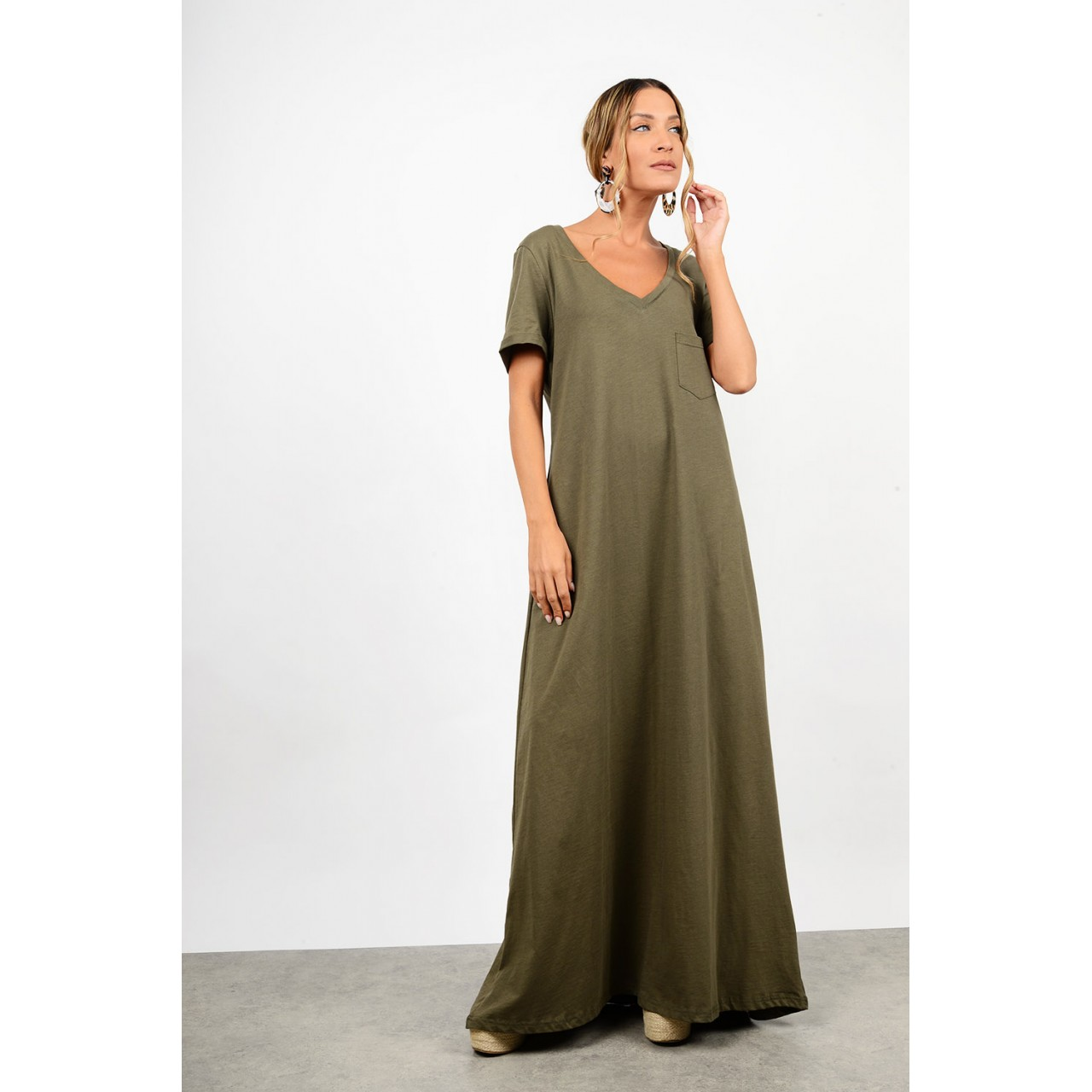 Maxi dress with pocket