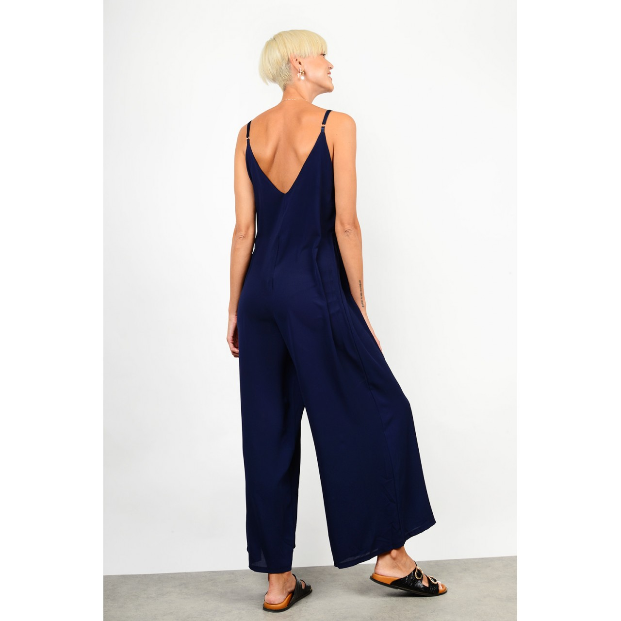 Jumpsuit with straps