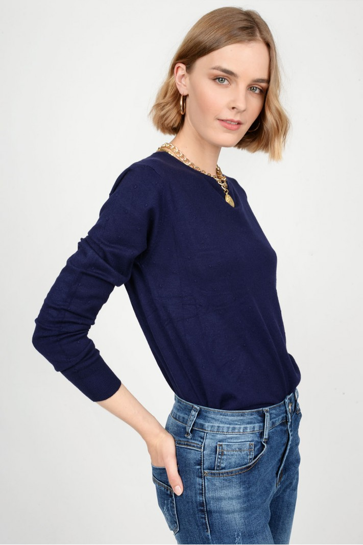 Oversized knitted blouse with pattern