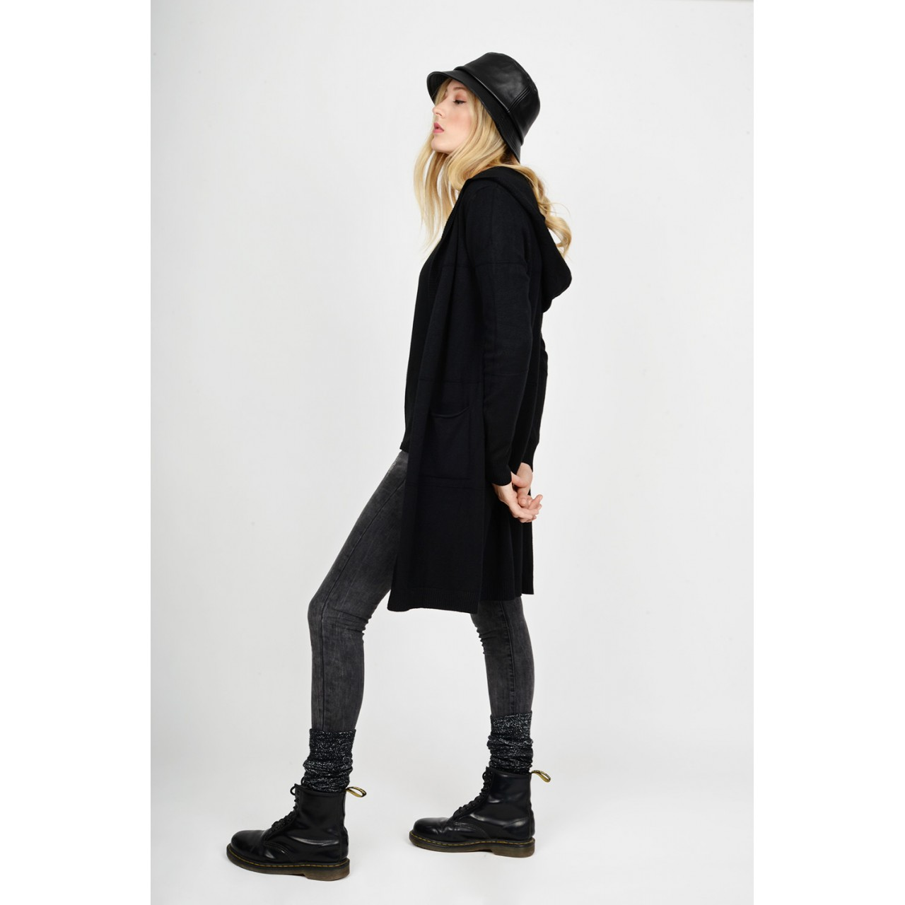 Long knitted cardigan with hood