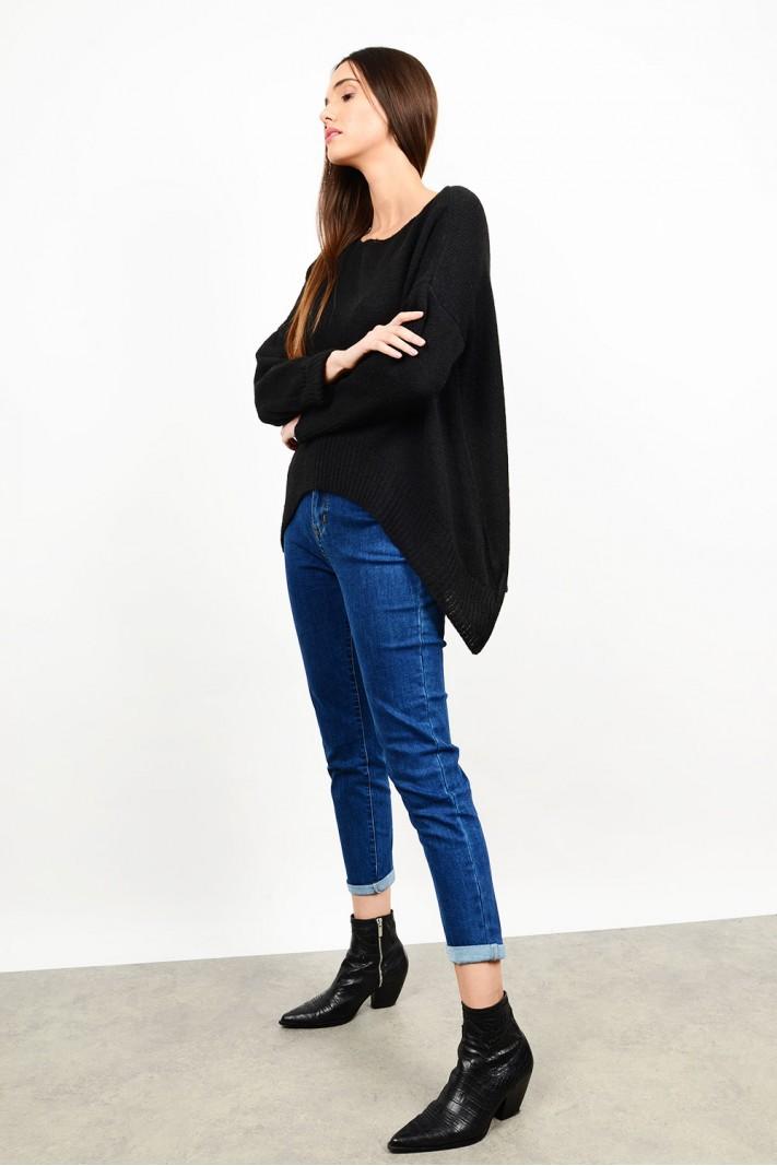 Oversized asymmetrical sweater