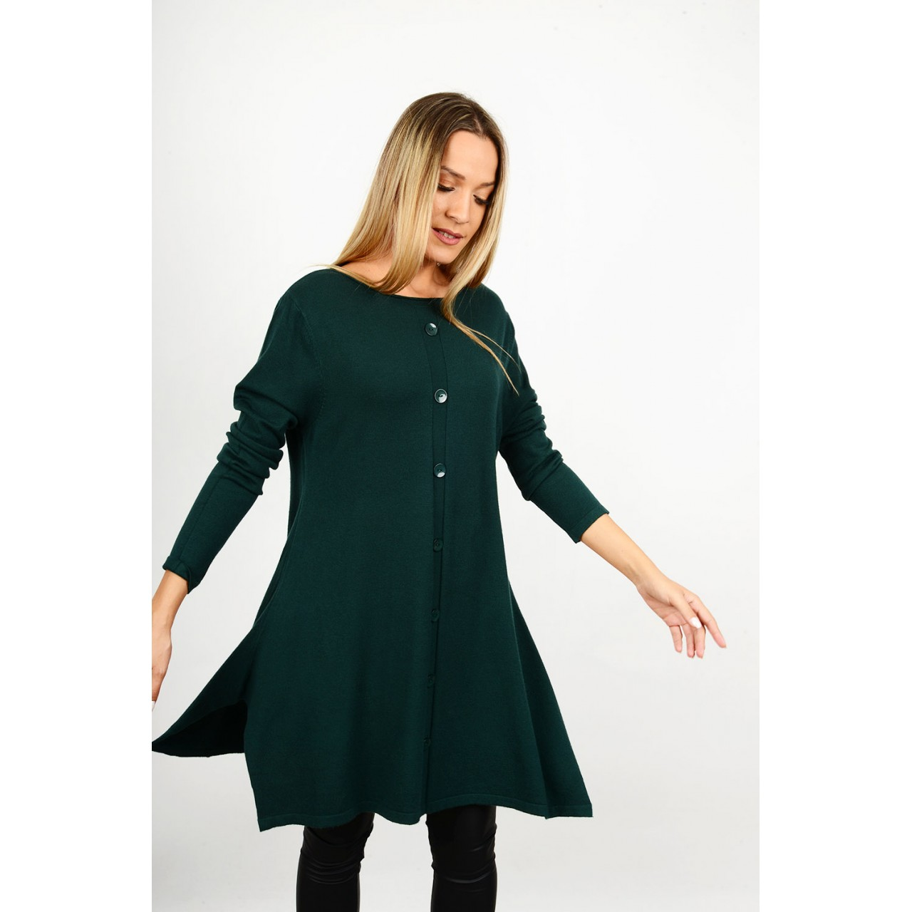 Asymmetrical knitted blouse/dress with buttons