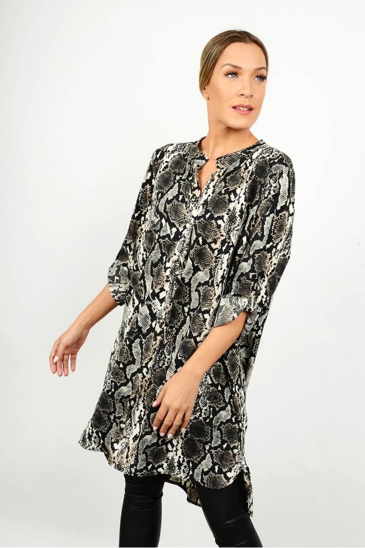 Oversized asymmetrical snake print shirt