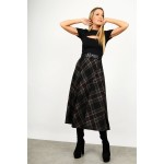 Midi checkered skirt in a-line