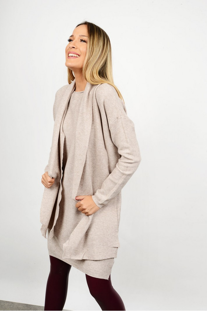 Oversized knitted blouse/dress with scarf