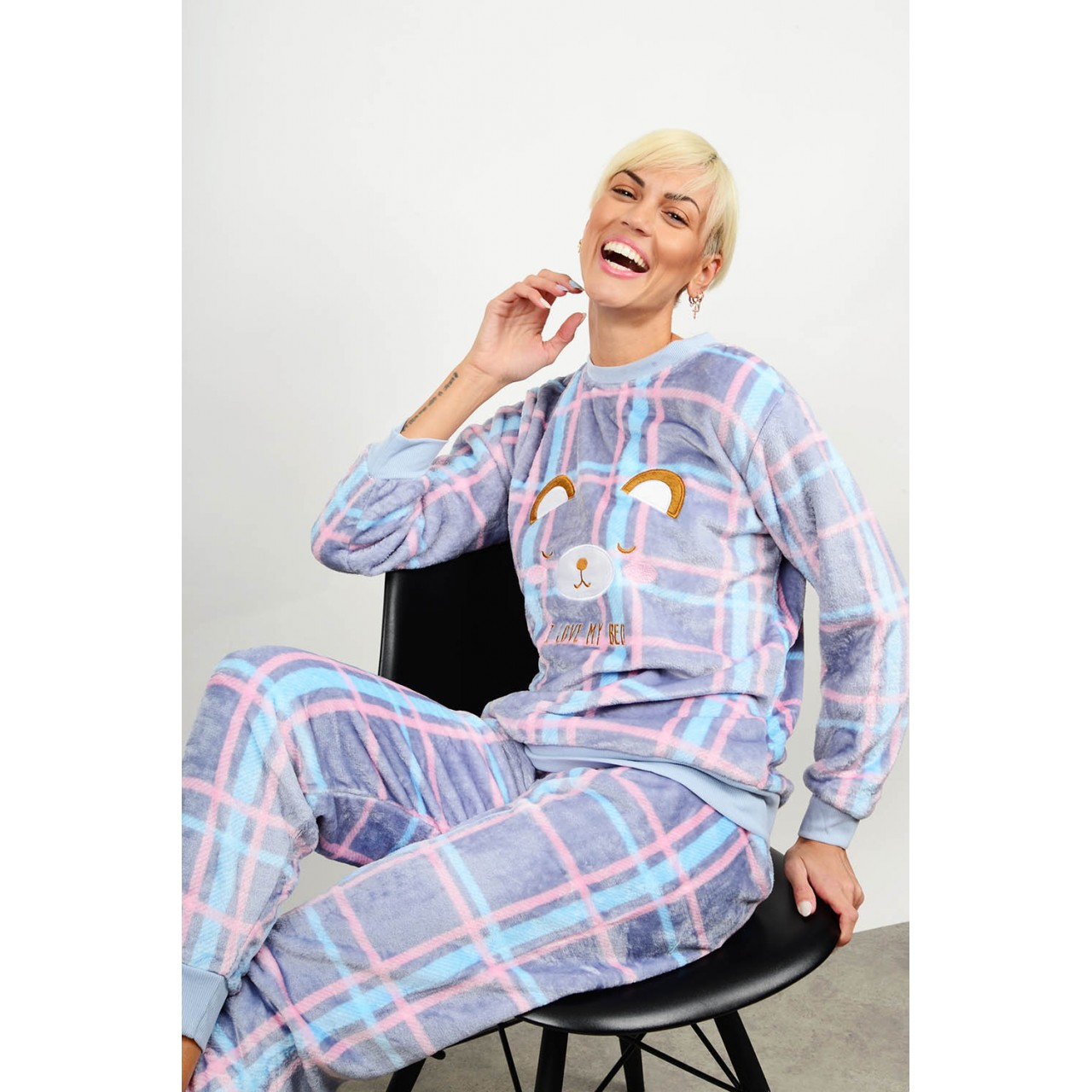 Set pyjamas with checkered pattern