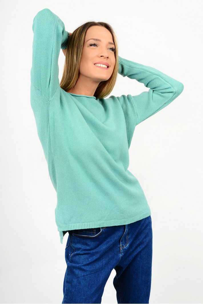 Oversized knitted blouse