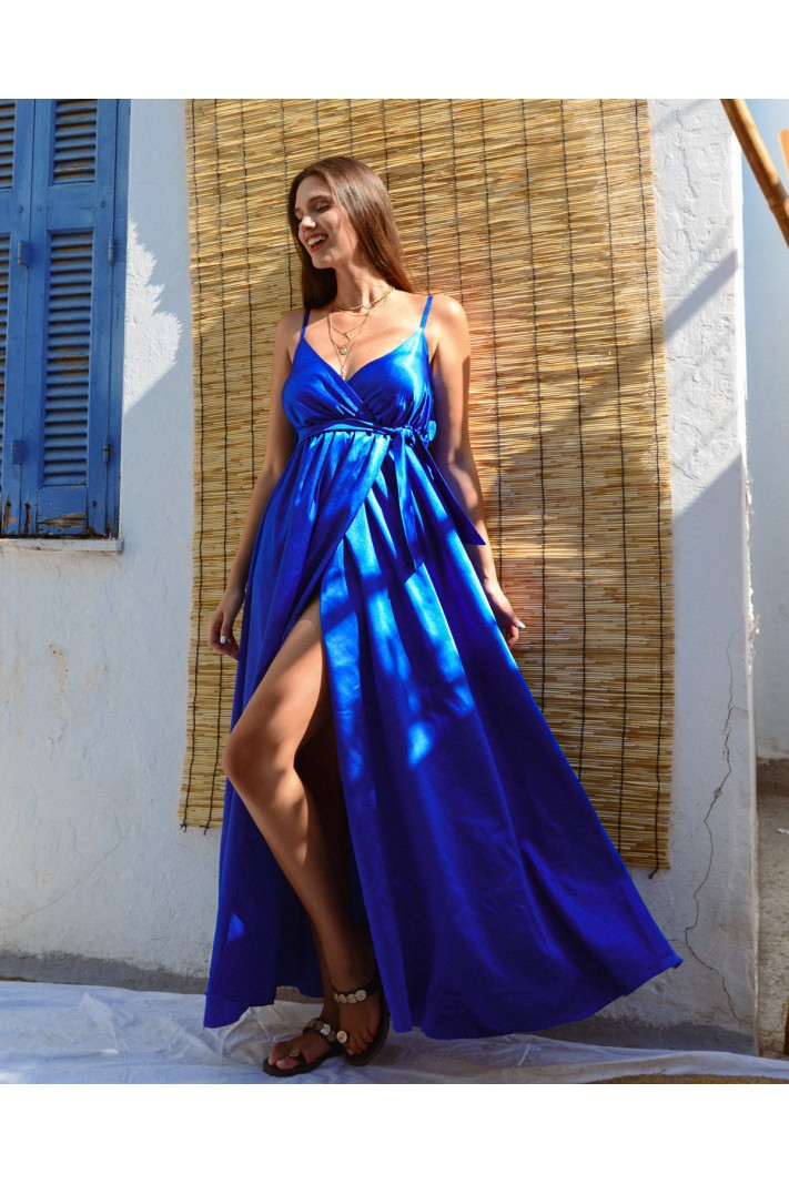 817.Φόρεμα μακρύ σατέν με κρουαζέ άνοιγμα