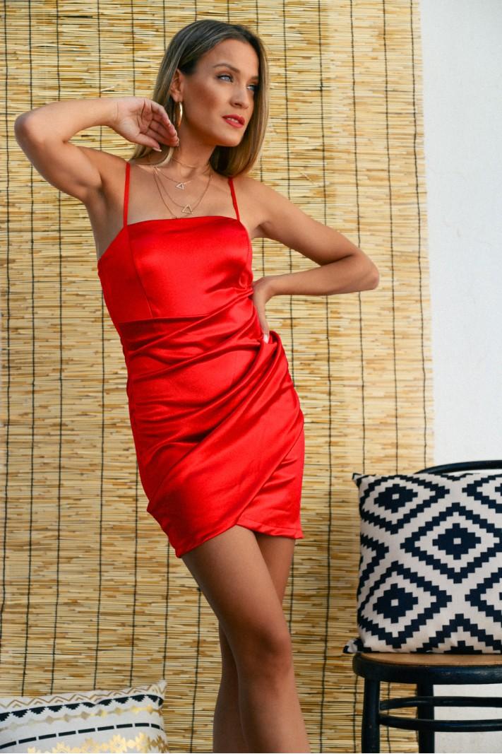 912.Φόρεμα κοντό σατέν με σούρες