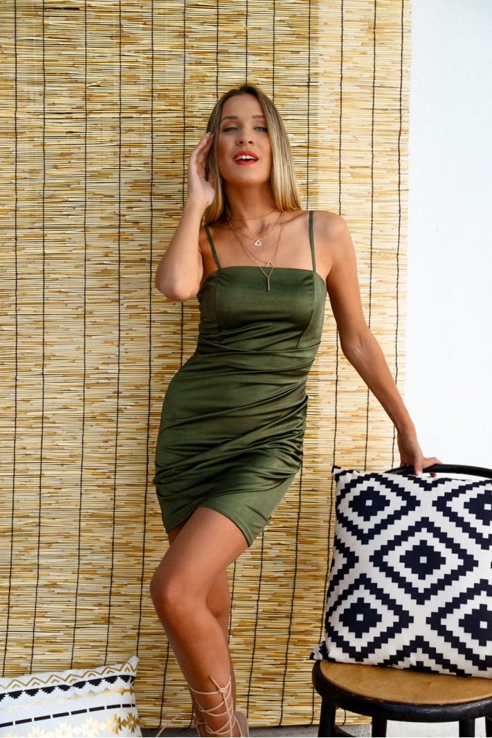 913.Φόρεμα κοντό σατέν με σούρες