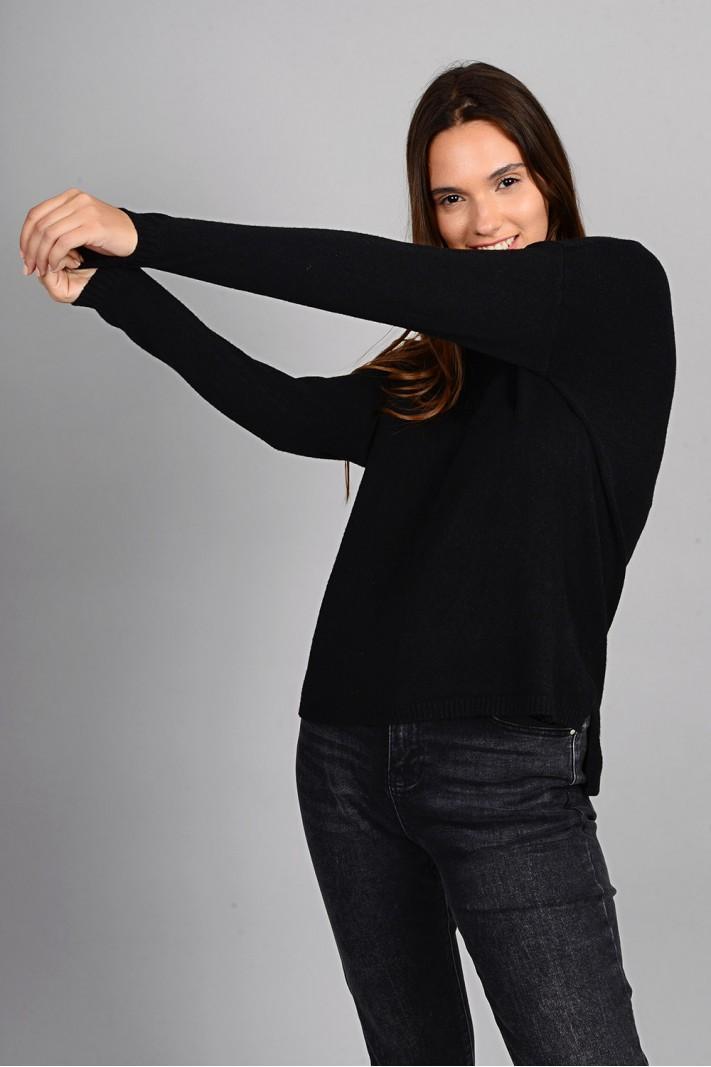 Μπλούζα πλεκτή με στρογγυλό λαιμό μαύρο
