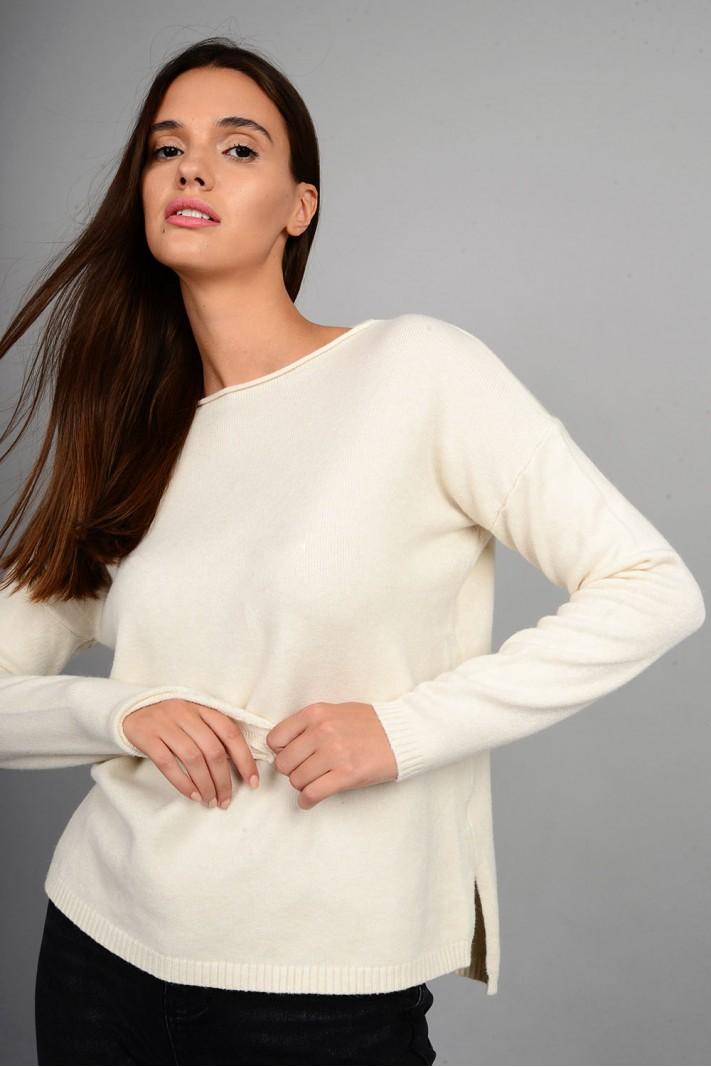 Μπλούζα πλεκτή με στρογγυλό λαιμό εκρού
