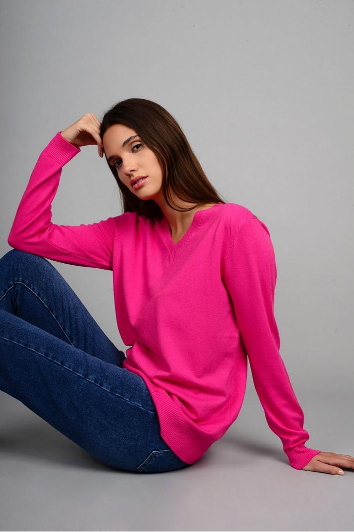 Oversized μπλούζα πλεκτή basic με v λαιμό φούξια