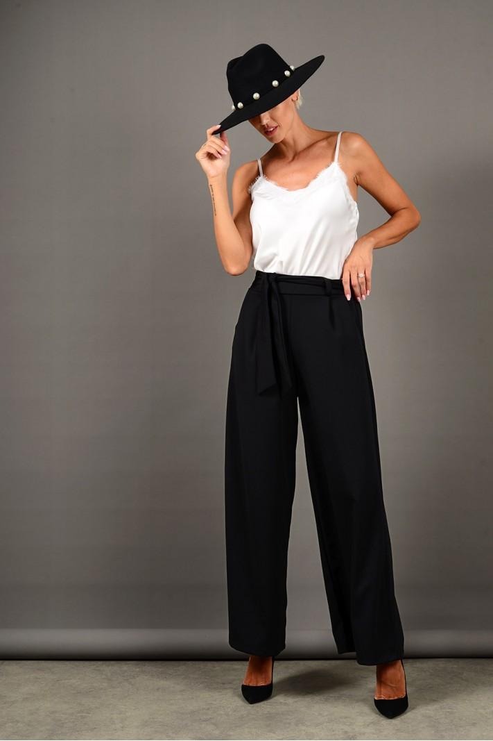 Παντελόνα ψηλόμεση με ζώνη και τσέπες μαύρη