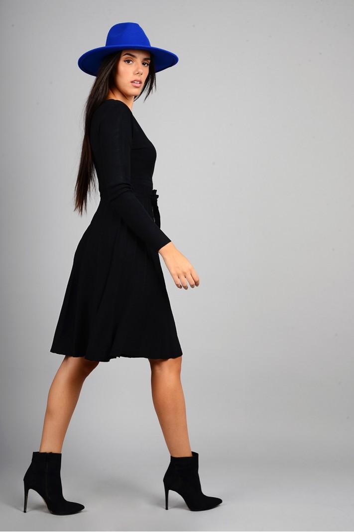 Φόρεμα μίντι πλεκτό σε άλφα γραμμή μαύρο