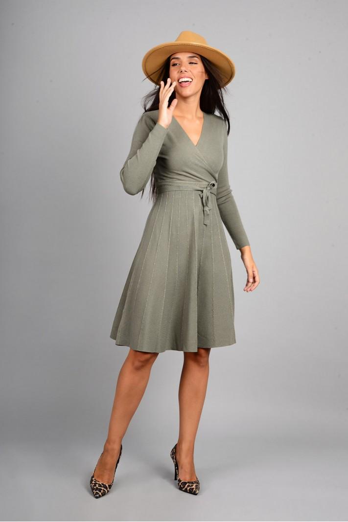 Φόρεμα μίντι πλεκτό σε άλφα γραμμή λαδί