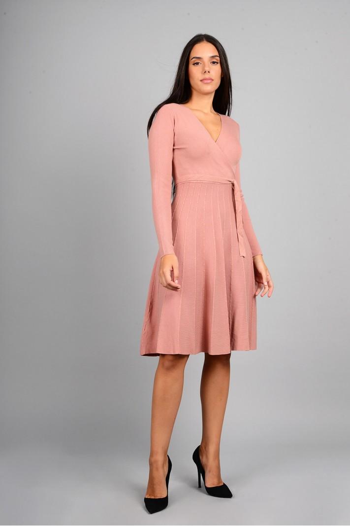 Φόρεμα μίντι πλεκτό σε άλφα γραμμή ροζ