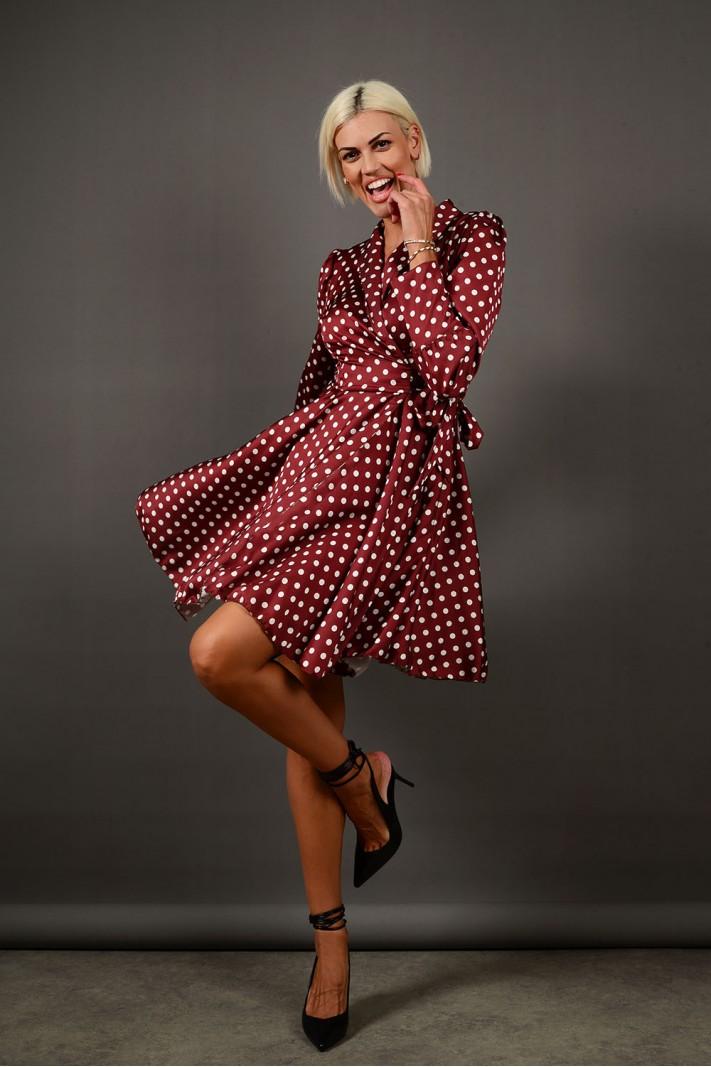 Φόρεμα μίντι πουά με κρουαζέ δέσιμο καφέ Limited Edition