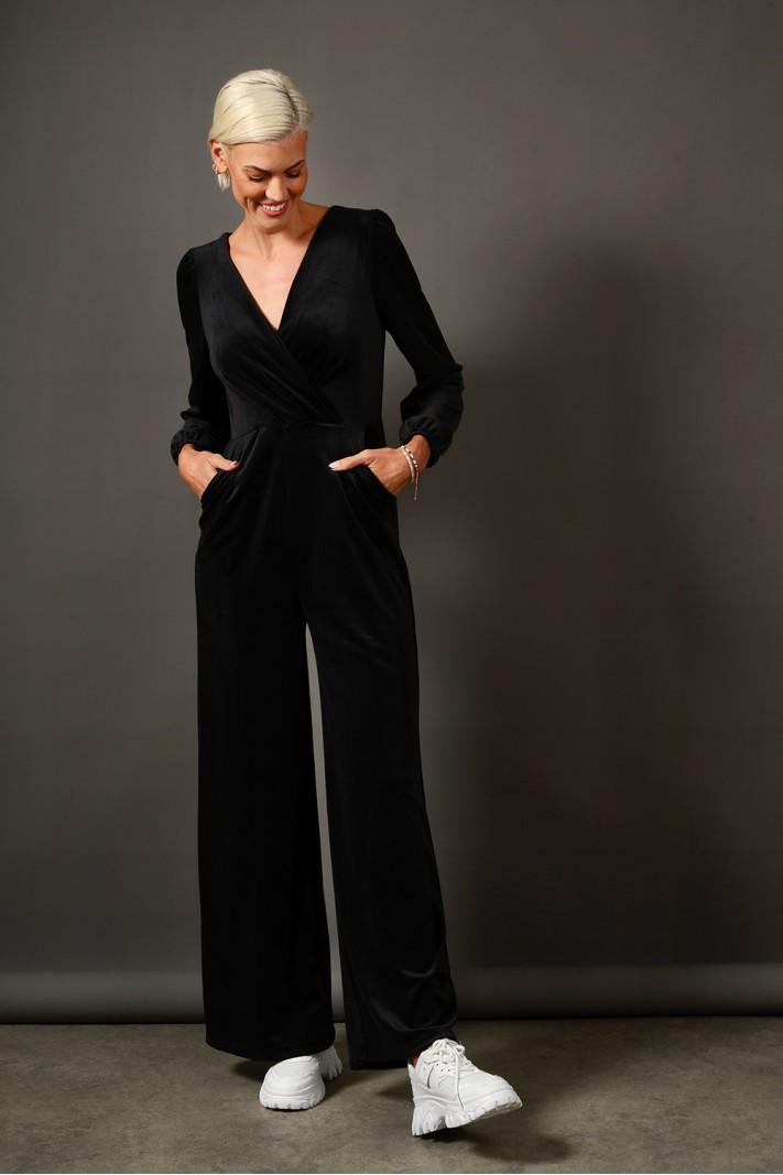 Ολόσωμη φόρμα βελουτέ με τσέπες μαύρο Limited Edition